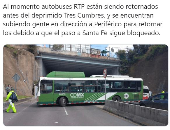 FOTO Taxistas realizan bloqueo en Santa Fe, afectan tránsito en Supervía Poniente (Twitter)