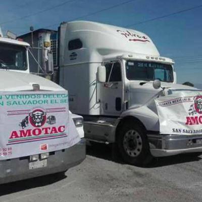 Nuestra petición es prohibir vehículos doblemente articulados, dice líder de transportistas