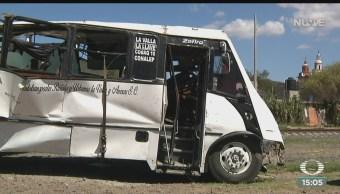 FOTO: Tren Impacta Autobús Querétaro Hay 9 Muertos