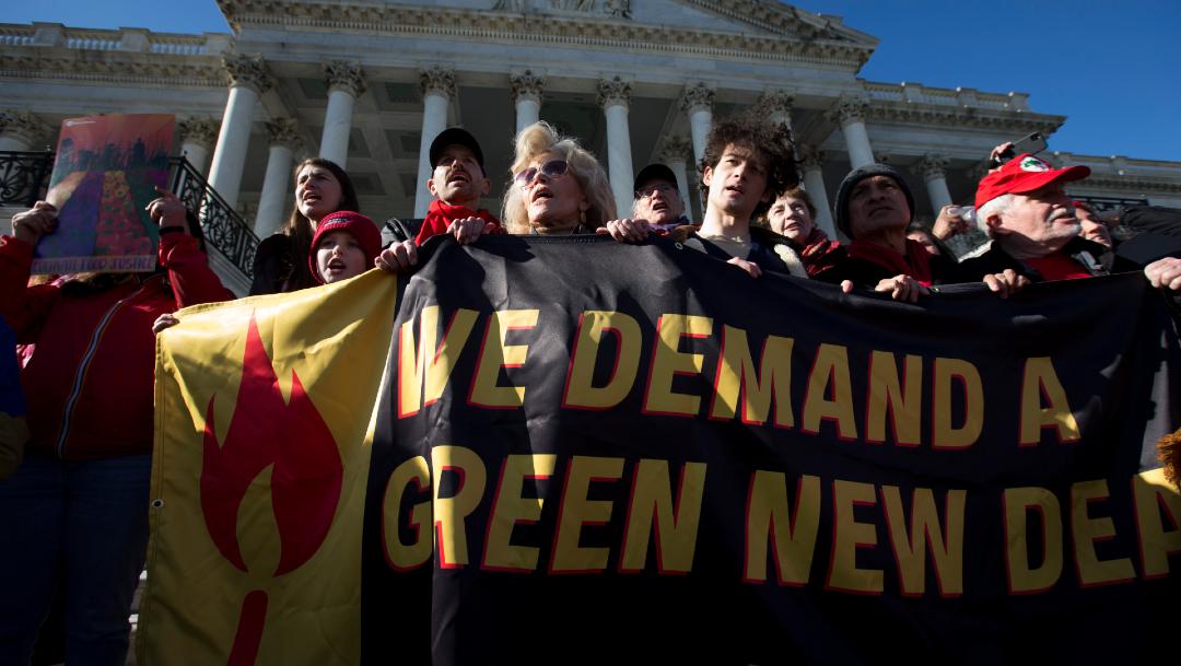 Foto: Arrestan a Paul Scheer en protesta climática de Jane Fonda, 29 de noviembre de 2019 (AP)