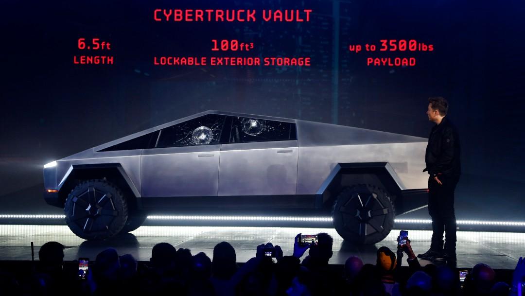 Foto: Alcalde de SLP compra camionetas futuristas cybertruck, de Tesla