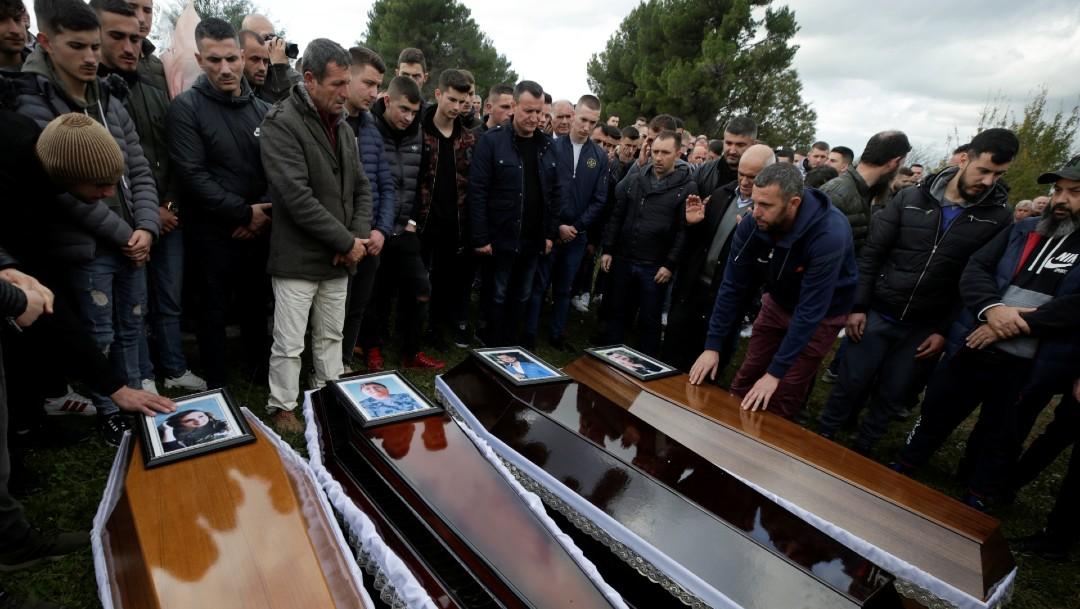 Terremoto en Albania deja medio centenar de muertos