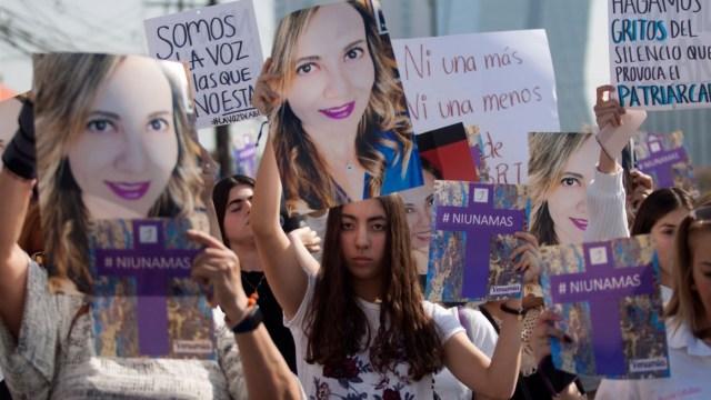 Foto: Familiares y amigas de Abril Pérez Sagaón realizaron una marcha silenciosa en Monterrey, Nuevo León, el 29 de noviembre de 2019 (Foto: Gabriela Pérez Montiel/Cuartoscuro.com)