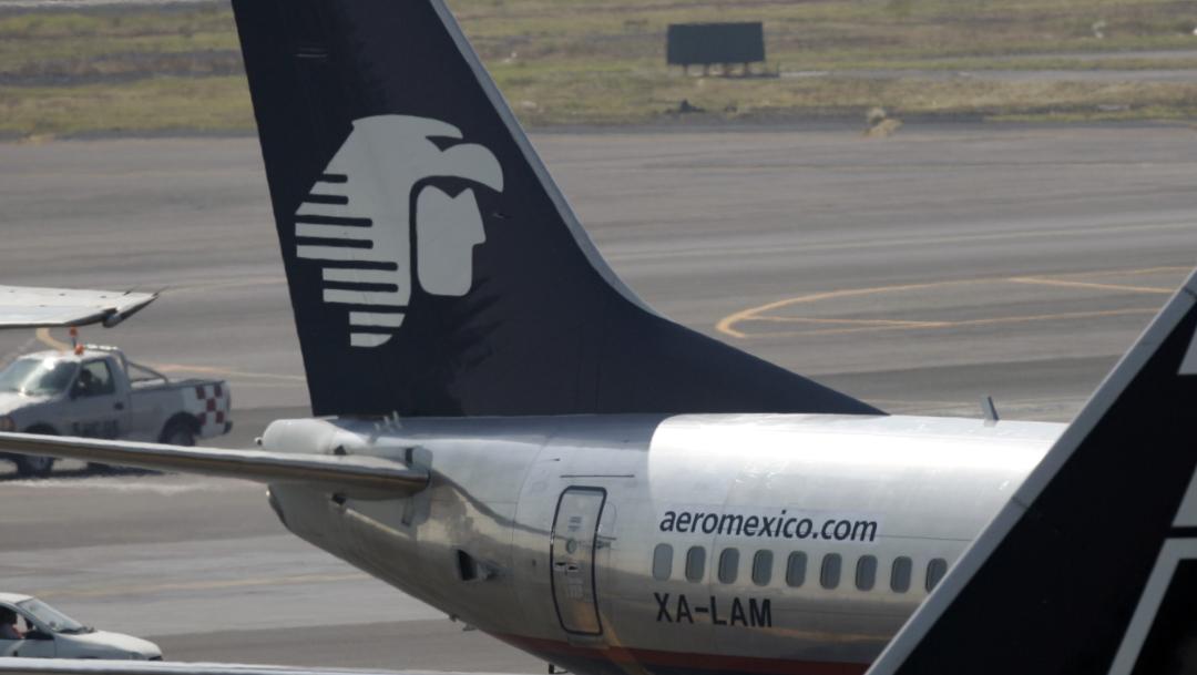 FOTO AMLO defiende a piloto de Aeroméxico que rechaza Santa Lucía (AP, archivo)