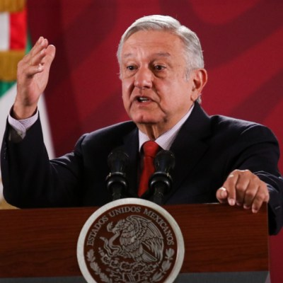 Consulta y luego licitación sobre Tren Maya, promete López Obrador
