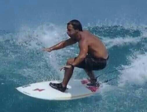 Surfer sueña con ser presidente; aquí te decimos de qué país ...
