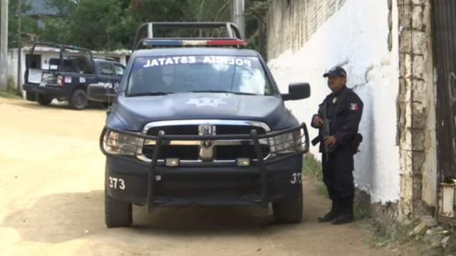 Foto: El Grupo de Coordinación Territorial para la Construcción de la Paz en Acapulco, determinó que la presencia policiaca en el poblado de Xaltianguis será permanente, 23 de noviembre de 2019 (Noticieros Televisa)
