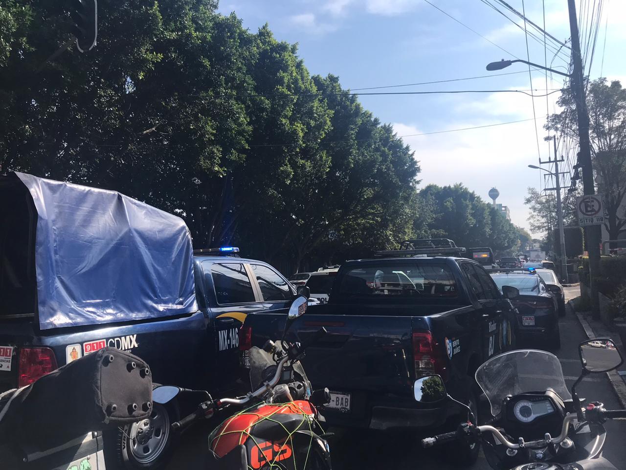 FOTO Balean a empleado de plaza comercial cuando recolectaba dinero del estacionamiento (Noticieros Televisa)