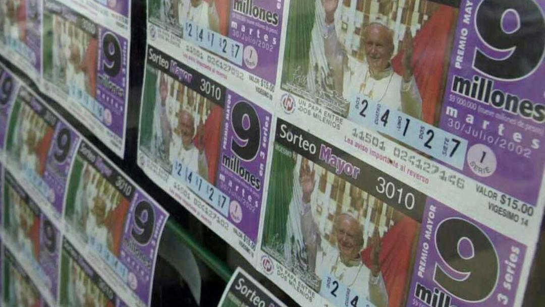 FOTO CDMX tendrá 4 nuevos impuestos en 2020, ¿cuáles son?; en la imagen, billetes de lotería (Getty Images)