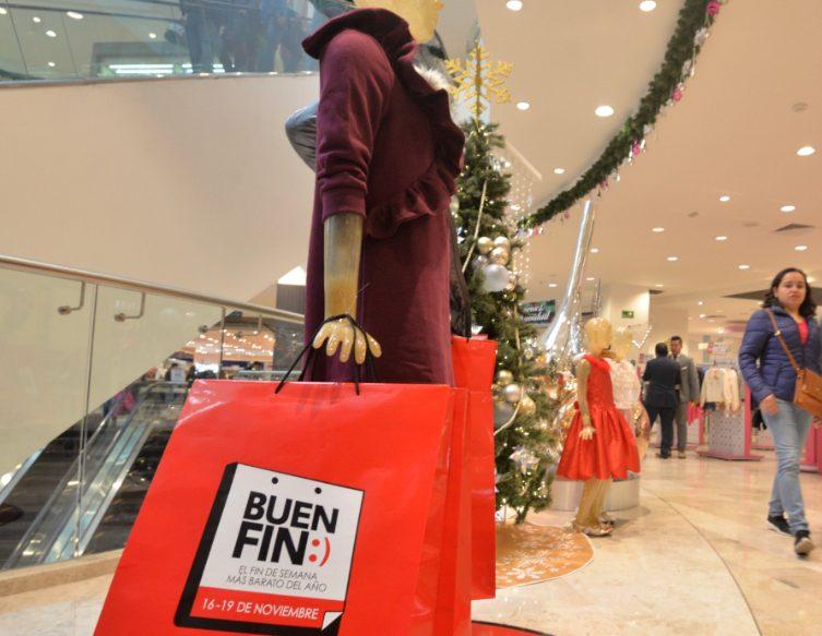 Foto: Varías personas acudieron a centros comerciales para adquirir mercancía en el Buen Fin, 15 noviembre 2019