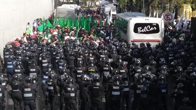 Foto: Campesinos negocian ruta para marchar al Zócalo capitalino