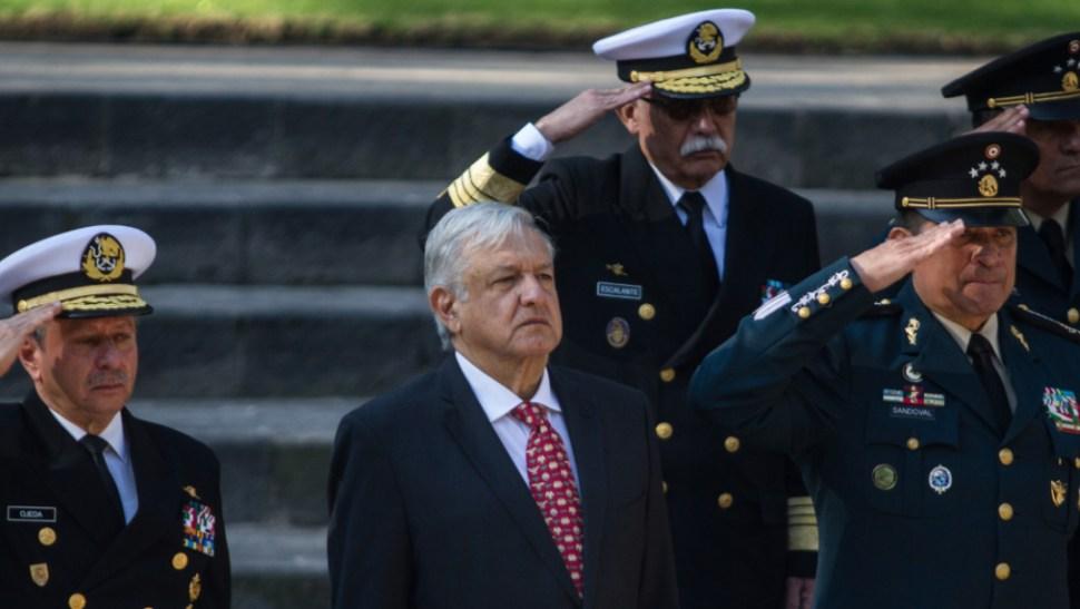 Foto: El presidente Andrés Manuel López Obrador está acompañado de Luis Cresencio Sandoval González, secretario de la Defensa Nacional y José Rafael Ojeda Durán titular de Semar, 23 noviembre 2019