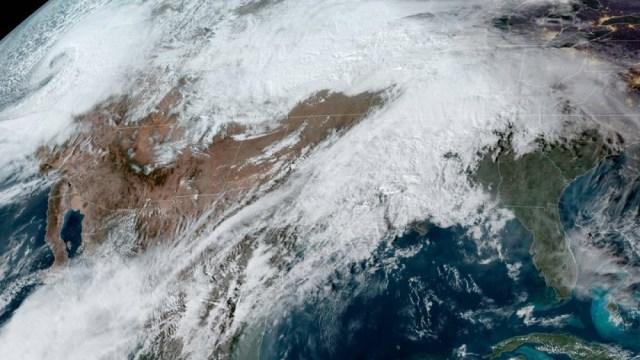 IMAGEN Ciclón bomba desata nevadas intensas y afecta viajes de Thanksgiving en Estados Unidos (NOAA noviembre 2019)