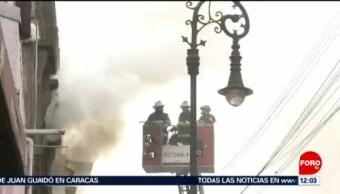 FOTO: Controlan incendio en inmueble del Centro Histórico de la CDMX, 16 noviembre 2019