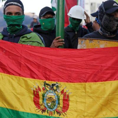 México aclara que por Doctrina Estrada no debe 'reconocer' gobiernos extranjeros