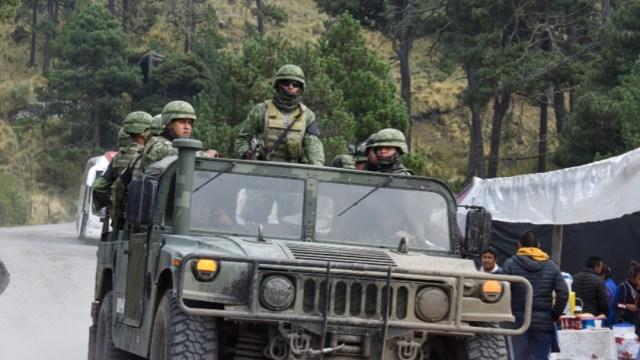 Foto: De acuerdo a informes, los desconocidos les arrebataron los vehículos, pero mantuvieron a bordo de cada uno de ellos a los dos excursionistas secuestrados, 25 de noviembre de 2019 (Crisanta Espinosa Aguilar /Cuartoscuro.Com)