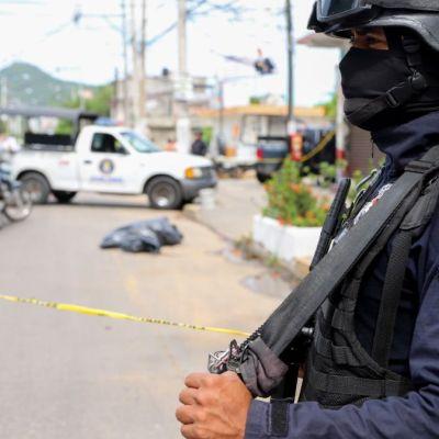 Hallan siete bolsas con restos humanos en Monterrey, NL