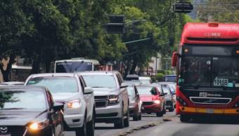 Imagen: Este lunes Hoy No Circula aplica para los vehículos con engomado amarillo, terminación de placas 5, 6 hologramas de verificación 1 y 2