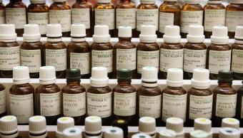 FOTO Homeopatía ya no cura, según diccionario de la Real Academia Española (Getty Images)