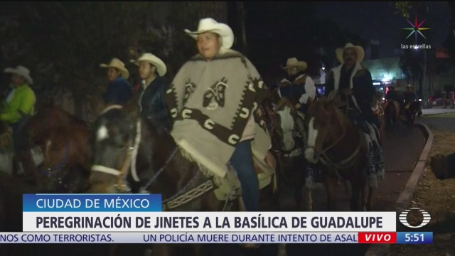 Jinetes de Iztapalapa realizan peregrinación anual a la Basílica de Guadalupe