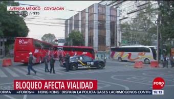 FOTO: Manifestantes cierran Avenida México-Coyoacán,