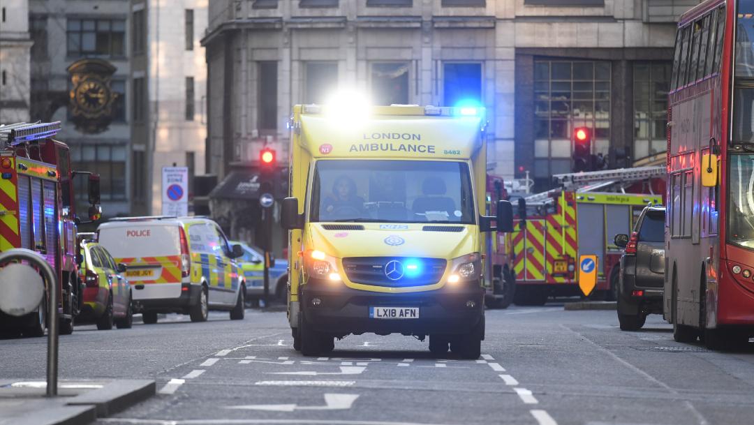 FOTO Suman 2 muertos por atentado terrorista en Puente de Londres (EFE)