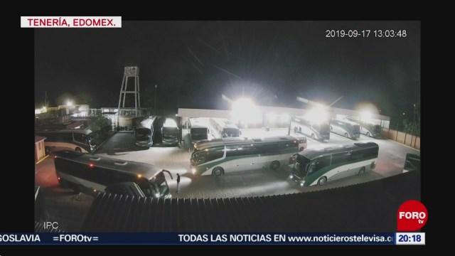 FOTO: Normalistas de Tenería nuevamente retienen autobuses, 15 noviembre 2019