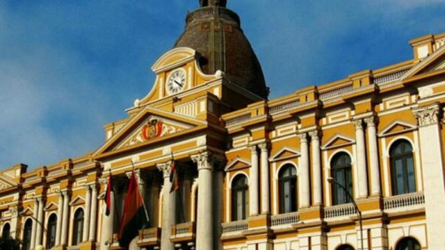 FOTO Bolivia desconoce orden de Interpol hacia Evo Morales; en la imagen, palacio de Gobierno (Google Maps)