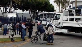 Custodios del penal de Tehuacán, Puebla, paran labores