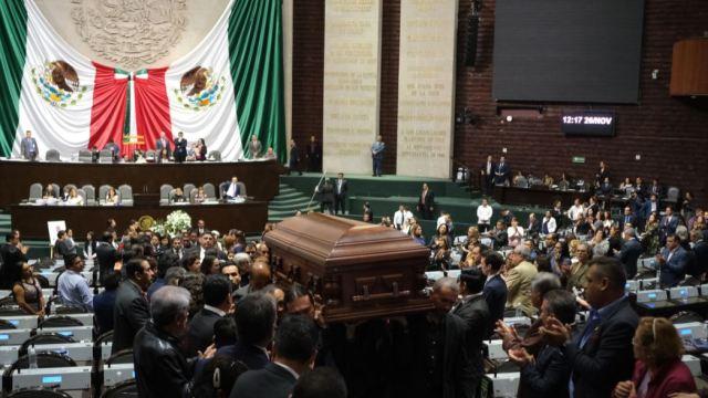 Foto: La Cámara de Diputados rindió un homenaje luctuoso de cuerpo presente al diputado Maximiliano Ruiz Arias, de Morena, quien falleció a los 71 años, el 26 de noviembre de 2019 (Graciela López /Cuartoscuro)
