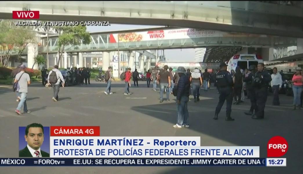 FOTO: Se Retiran Policías Federales Inmediaciones AICM,