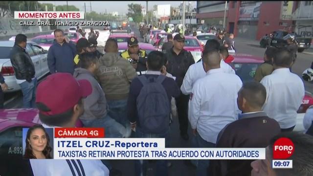 Taxistas retiran protesta en calzada Ignacio Zaragoza, CDMX
