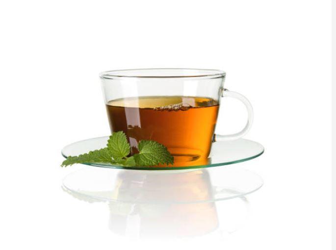 Beber té en la mañana mantiene el abdomen plano todo el día