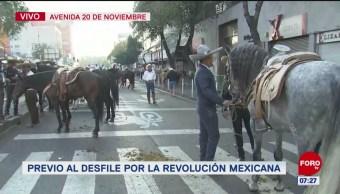 Todo listo para el desfile conmemorativo del Día de la Revolución Mexicana