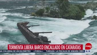 Tormenta libera barco encallado hace años en Cataratas del Niágara