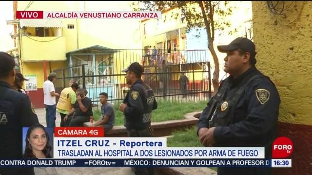 FOTO: Trasladan hospital dos baleados Venustiano Carranza