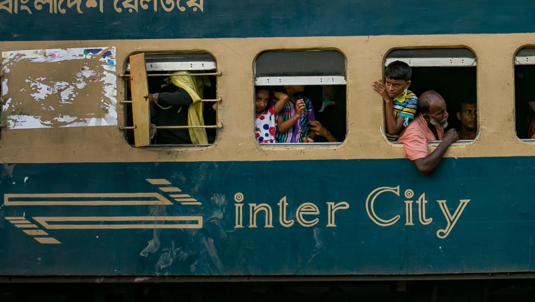 FOTO Choque de trenes en Bangladesh deja 16 muertos (Getty Images, archivo)