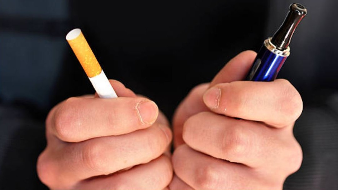 Imagen: Los cigarros electrónicos no deben considerarse como una alternativa que coadyuve a dejar el tabaco, debido a que no existe evidencia científica que sustente su efectividad, afirmaron especialistas