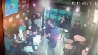 FOTO VIDEO: Captan asalto a local de alitas en Tlalpan, CDMX (FOROtv)