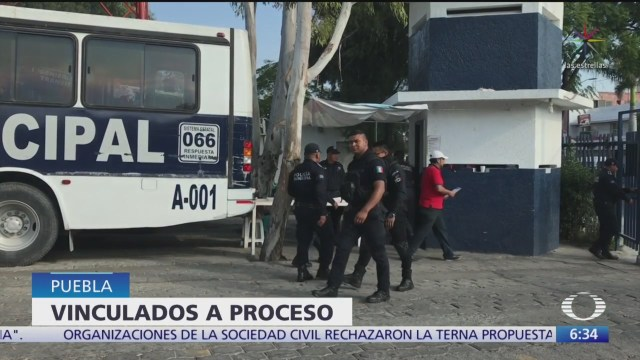 Vinculan a proceso a policías de Puebla por abuso de autoridad
