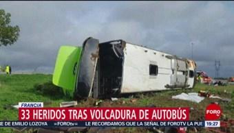 FOTO: Volcadura autobús deja 33 heridos Francia
