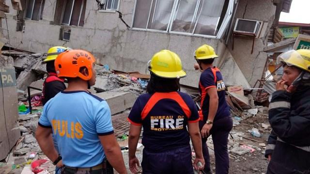 Ascienden a 7 los muertos por el sismo de 6.8 en Filipinas