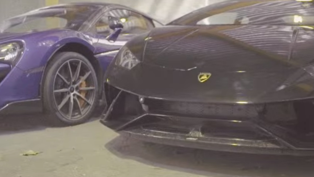 """FOTO Autos de lujo y aviones serán ofertados en """"madre de todas las subastas"""" (YouTube)"""