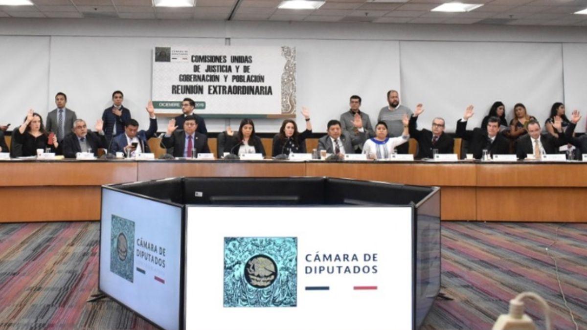 Diputados aprueban en comisiones dictamen de Ley de Amnistía