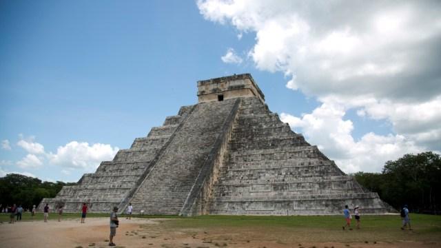 FOTO: Descubren nuevas estructuras y objetos antiguos mayas en Chichén Itzá, el 13 de diciembre de 2019