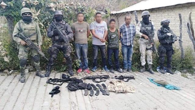 """fOTO: Cuatro hombres detenidos en el poblado """"El Naranjo"""", en Guerrero, 29 DICIEMBRE 2019"""