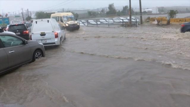 Foto: Lluvias en Tijuana dejan nuevas inundaciones y deslaves, 4 de diciembre de 2019 (Twitter @esqueda_r1)