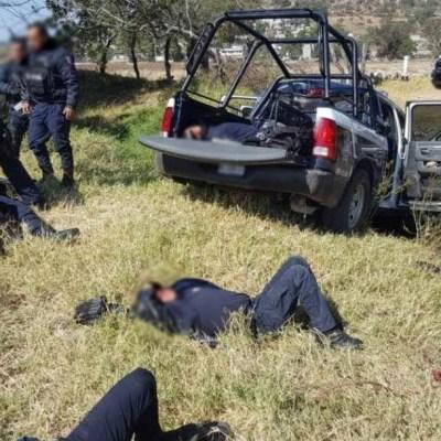 Foto: Muere policía tras volcadura de patrulla en Michoacán, 14 de diciembre de 2019 (Twitter @PuntoCero_News)