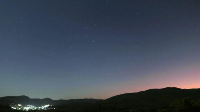 Foto: Hasta el 19 de diciembre será posible observar, desde territorio nacional, la llamada lluvia de estrellas 'Gemínidas'