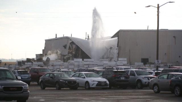 Varios heridos por explosión en planta de fabricación de aviones en Kansas. (